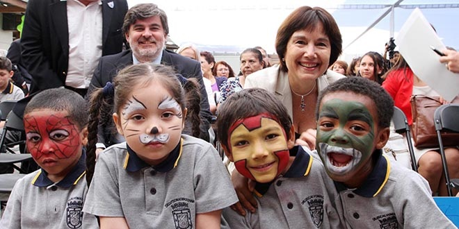 Ministry of Health Chile - junk food out of schools campaign