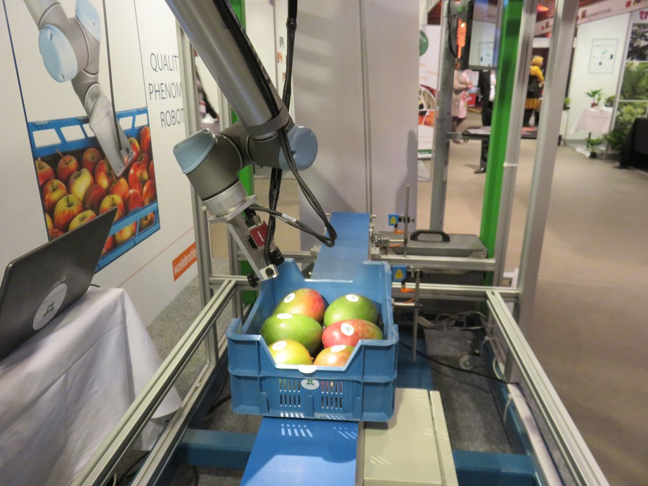 Wageningen University developing robots for produce quality control