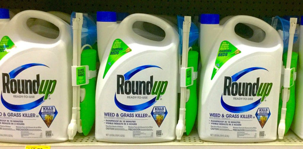 U.S.: Monsanto hit with US$80M verdict in first federal Roundup trial