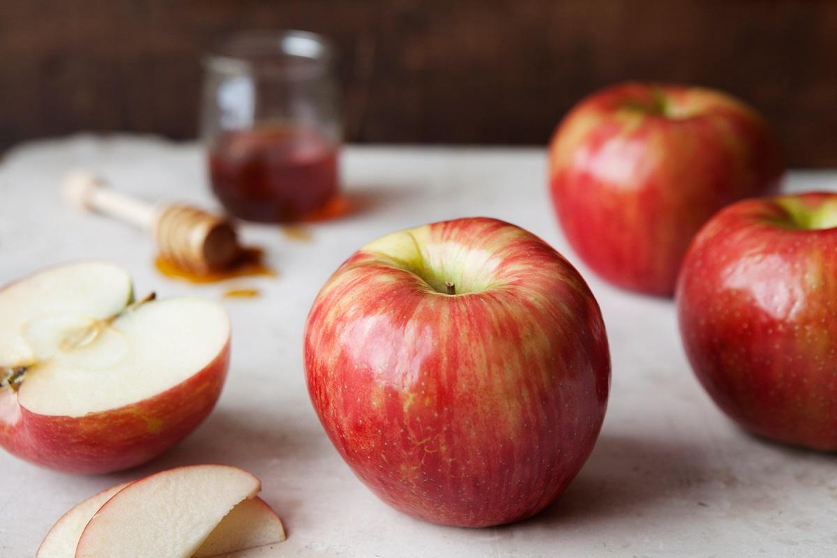 Honeycrisp apple prices spike - FreshFruitPortal.com