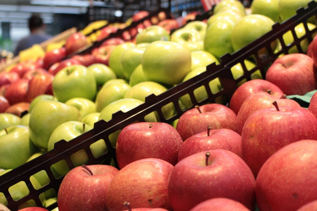 Belgian supermarket employs produce-recognizing AI for faster checkout