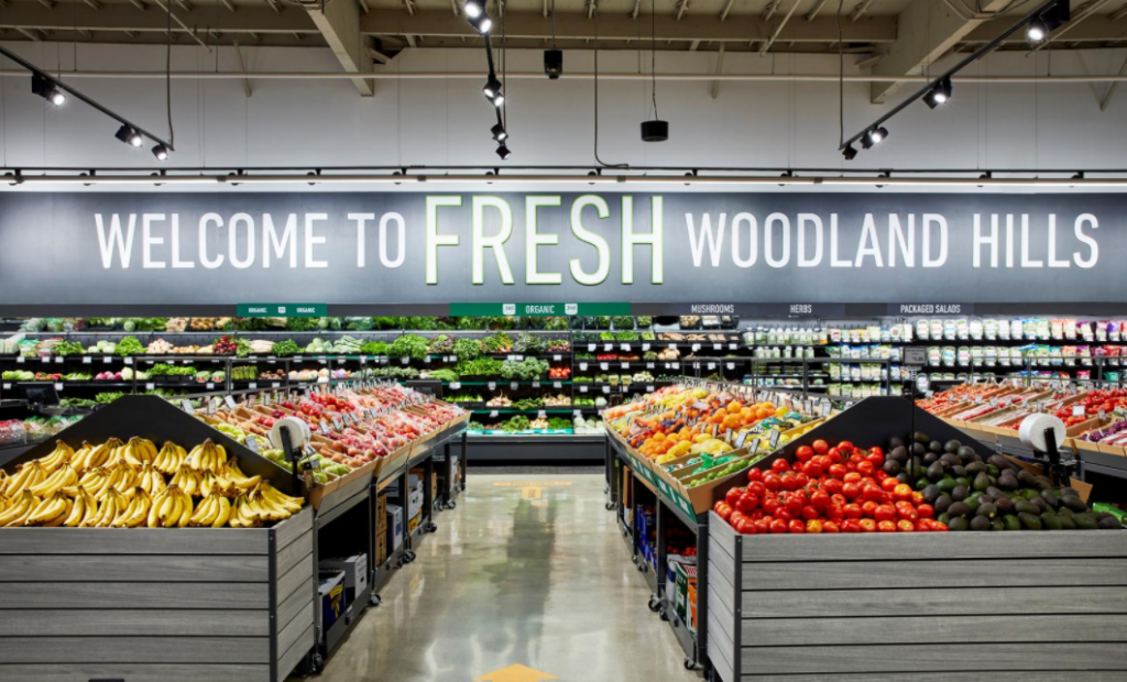 Amazon builds offline presence with new grocery store concept in LA