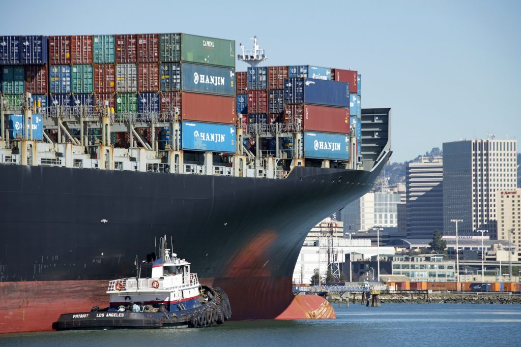 West Coast container vessel port congestion continues, spreads