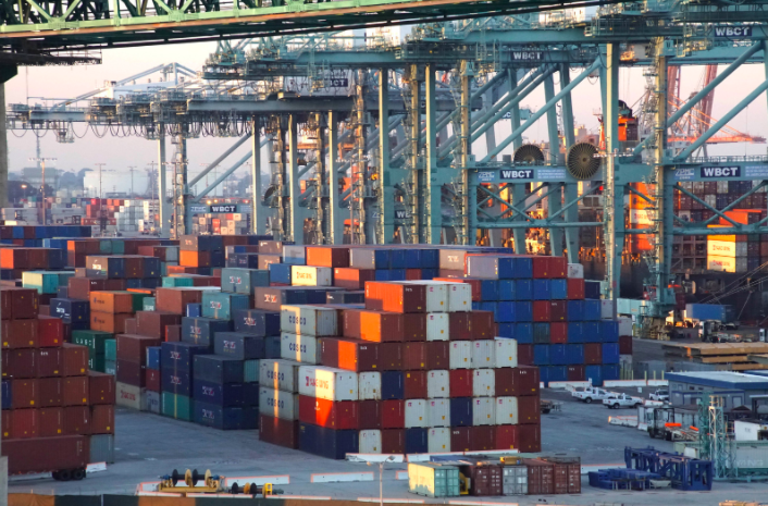 West Coast ports experience heavy congestion and delays