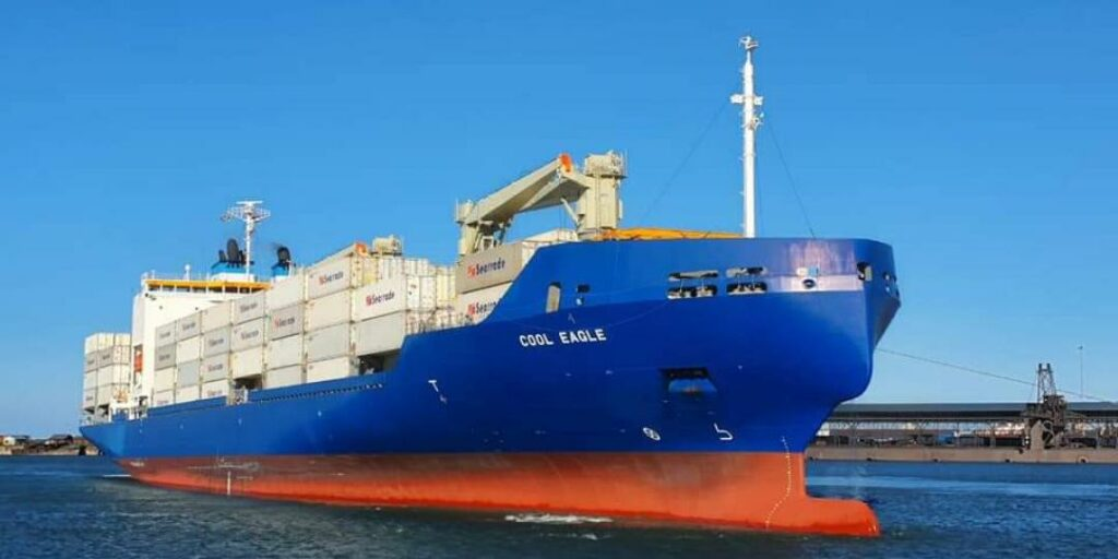 South African citrus industry welcome world's largest reefer vessel