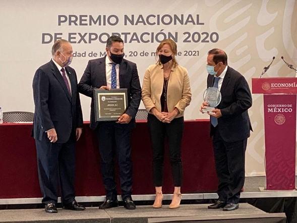 Mexican avocado association APEAM wins national export award