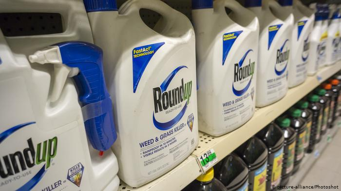 Bayer sees drop in shares amid ongoing weedkiller cases