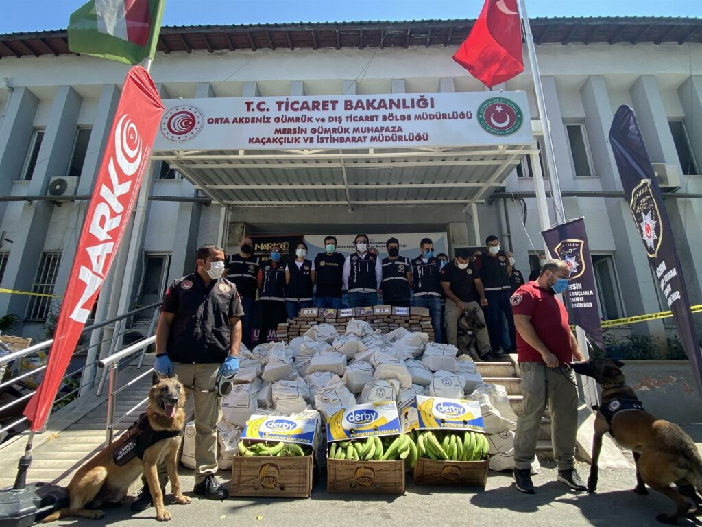 Turkish officials uncover one ton of cocaine hidden in bananas